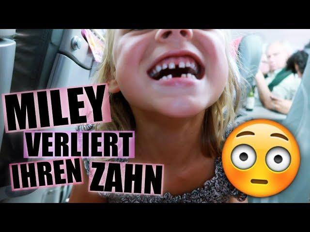 Miley Wünsche verliert einen Zahn im Flugzeug
